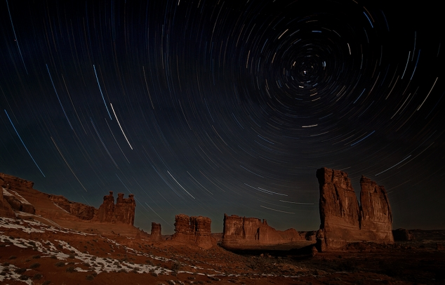 Arches National Park Greets the Starry Night